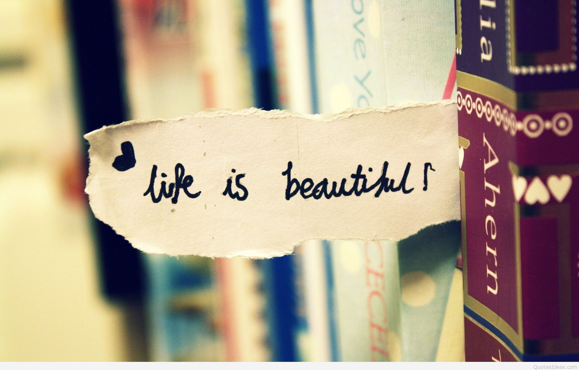 Wallpaper Of Life Is Beautiful