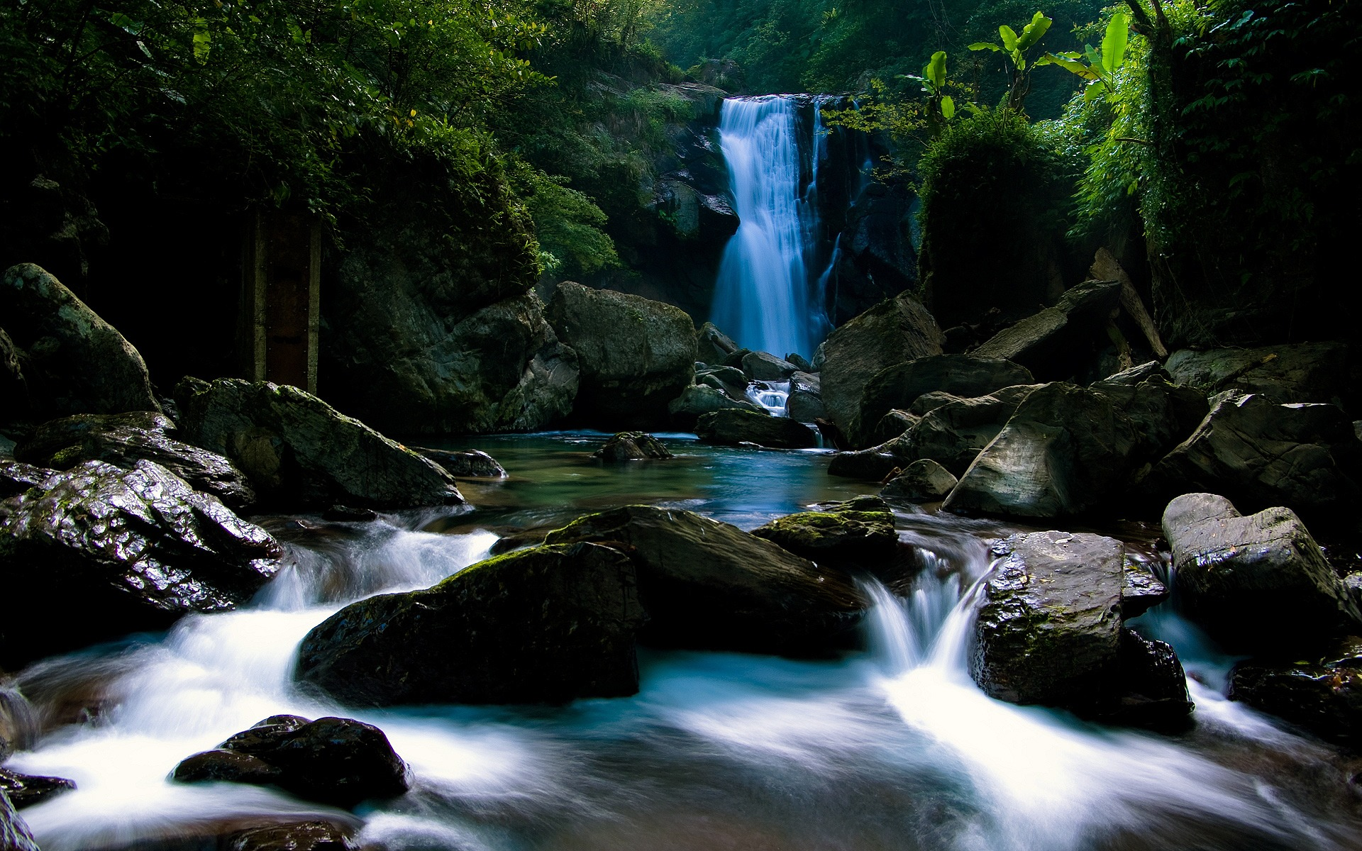 Wallpaper Of Waterfall