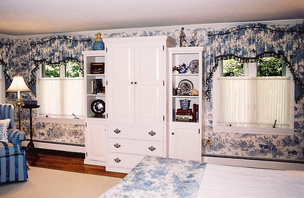 Wallpaper With Matching Fabric