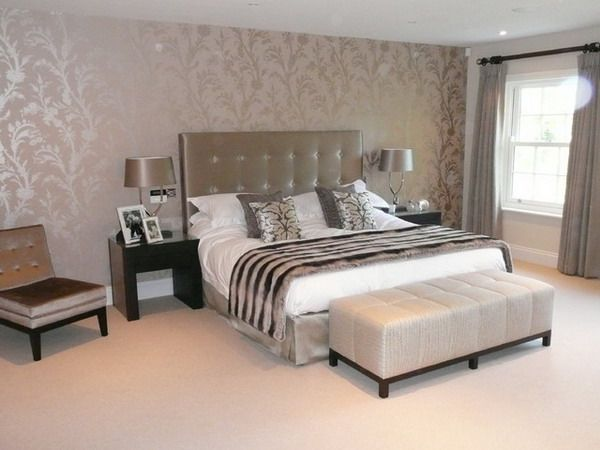 Wallpapered Bedrooms Ideas