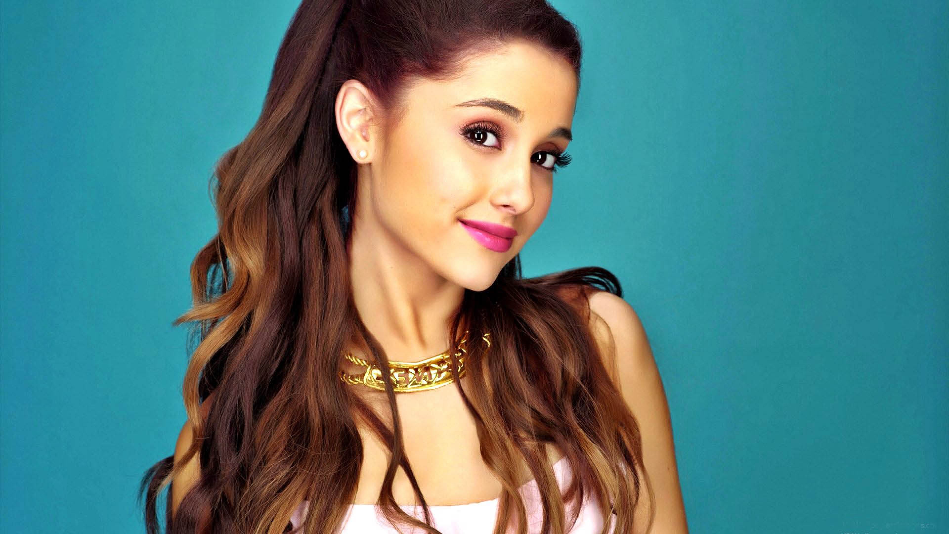 Wallpapers Of Ariana Grande