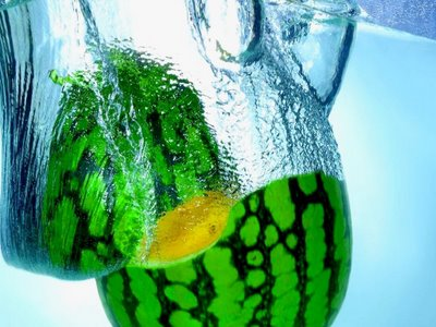 Wallpapers Of Fruits In Water