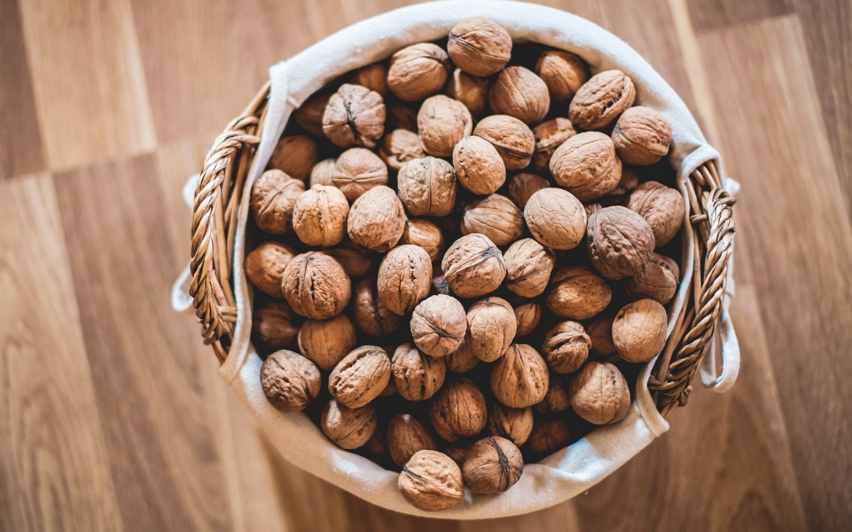 Walnuts Wallpaper