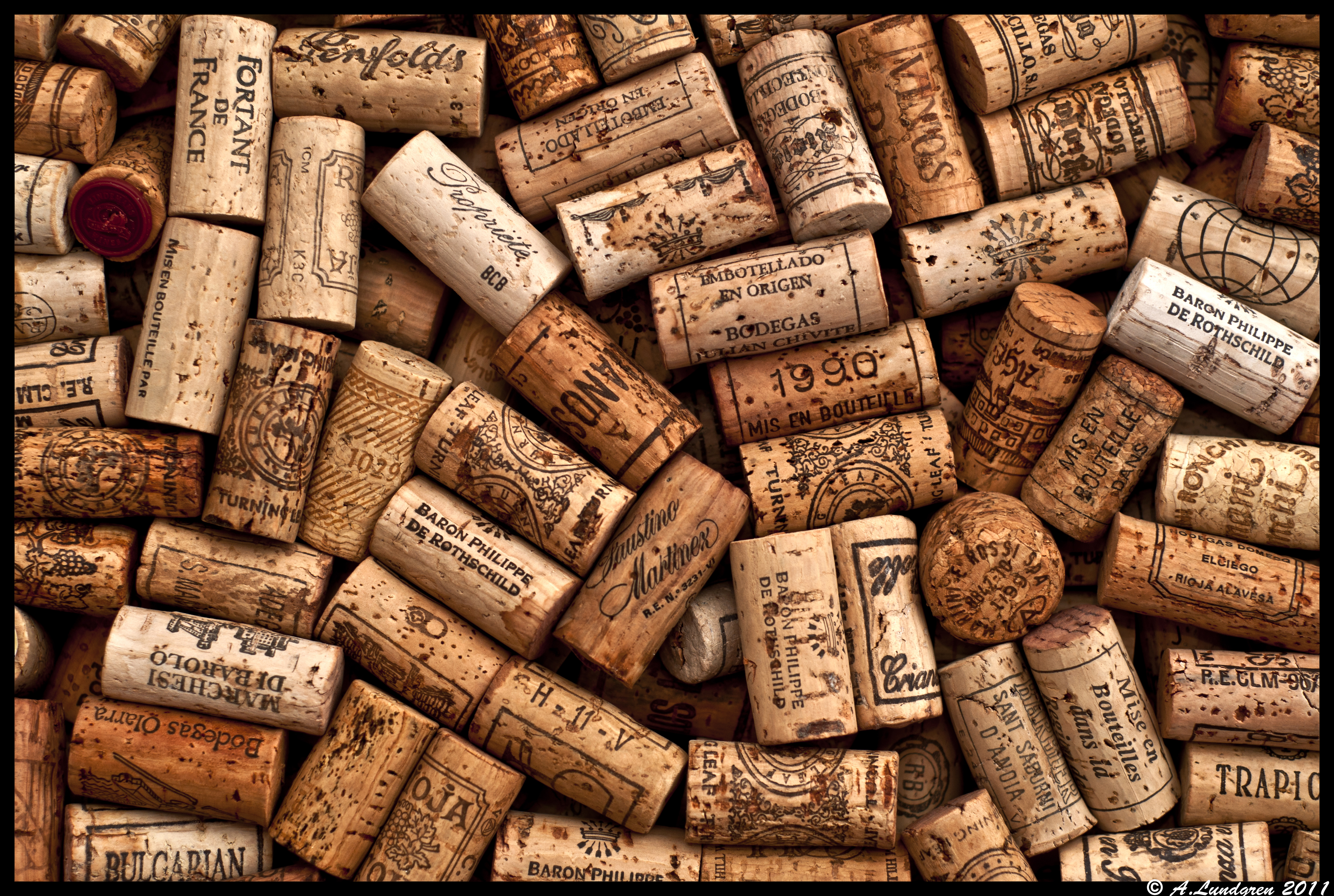 Wine Cork Wallpaper
