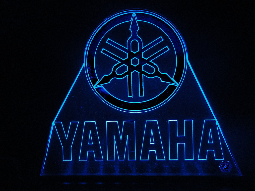 Blue Yamaha Logo Wallpaper