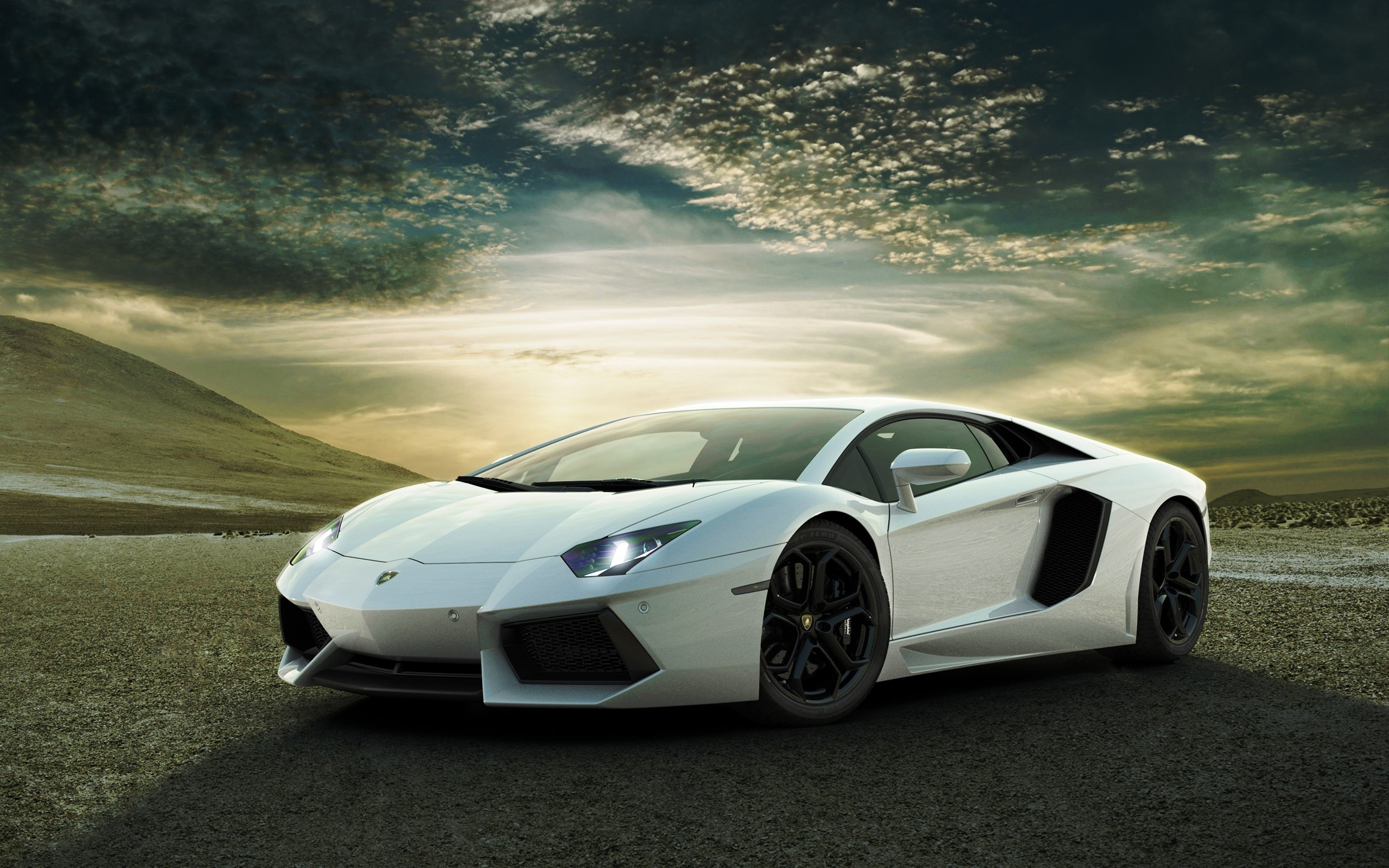 White Lamborghini Aventador HD Wallpaper