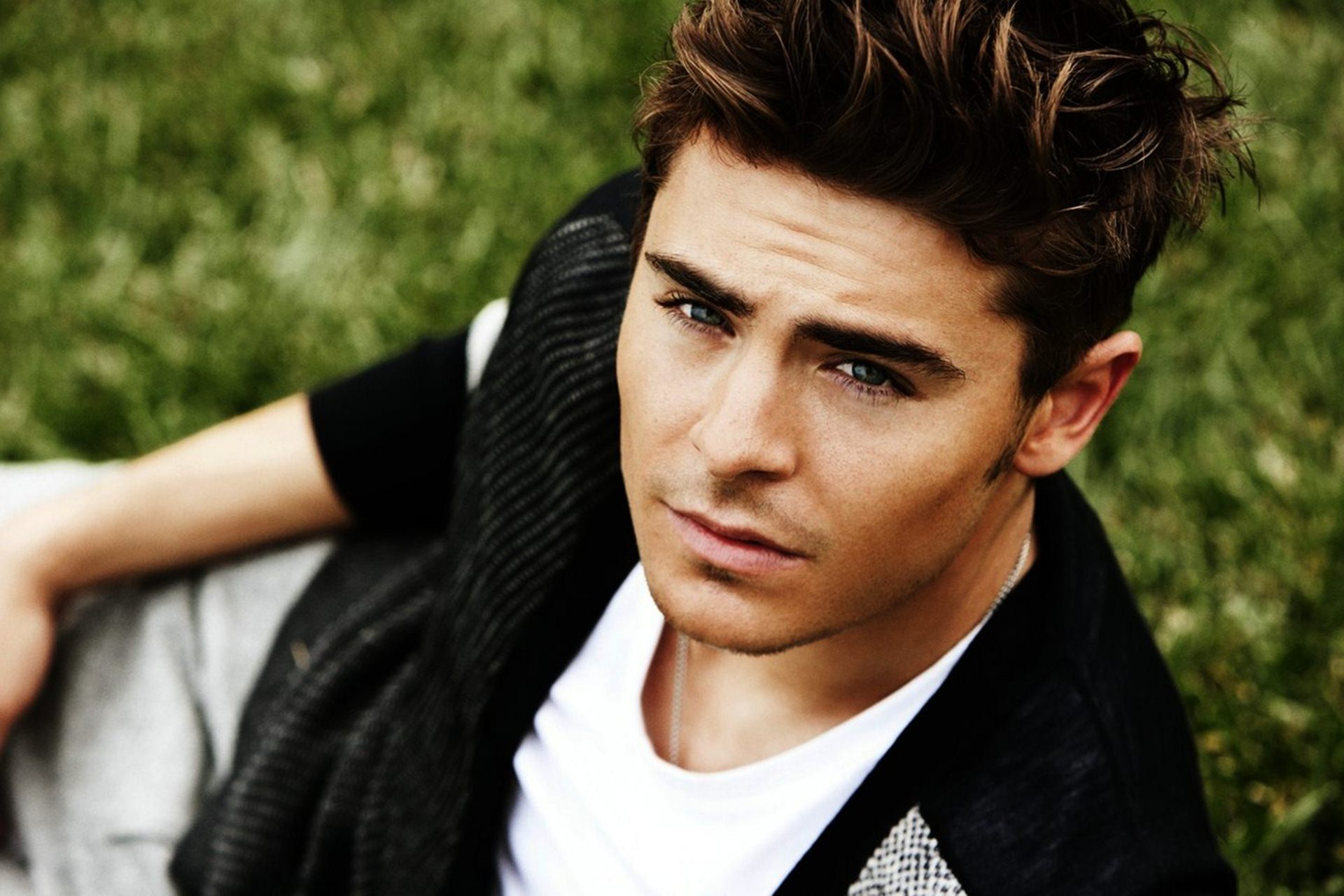 download zac efron wallpaper gallery