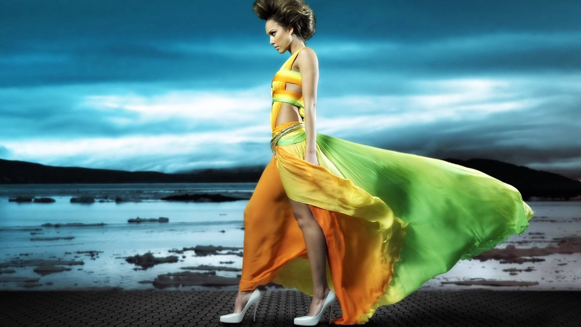 Colourful Girl Wallpapers