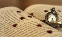 Love Books Wallpapers