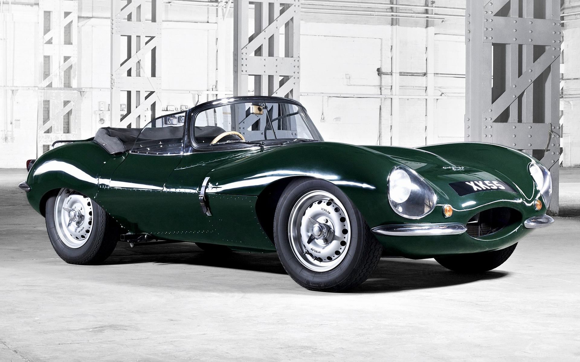 Jaguar XKSS Wallpapers